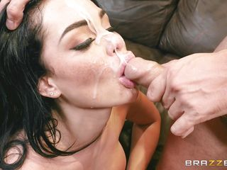 порно пьяную ебут в рот