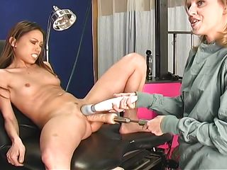 Порно с доктором смотреть онлайн