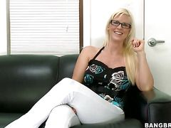 секс видео со зрелой женщиной русское